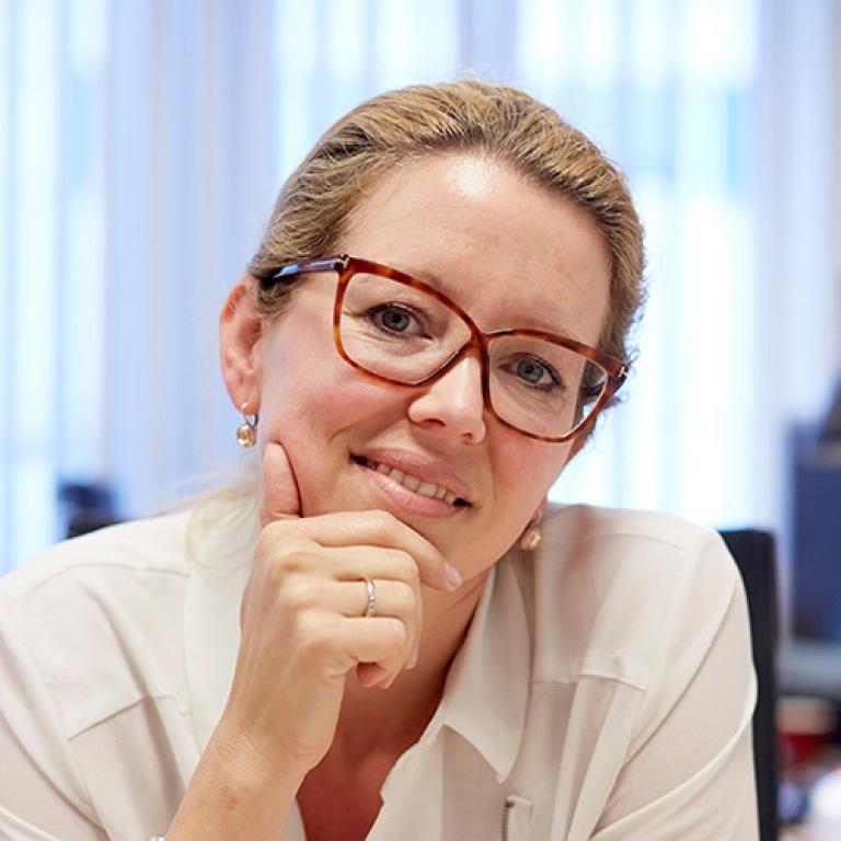 Prof. dr. Marjolein de Vugt